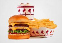 Packaging alimentare in carta e cartone. Cibo da fast food con packaging.