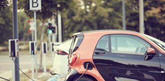 Colonnina per ricarica auto elettrica