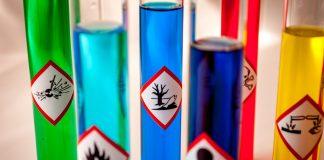 Sostanze chimiche sicure con il Regolamento REACh