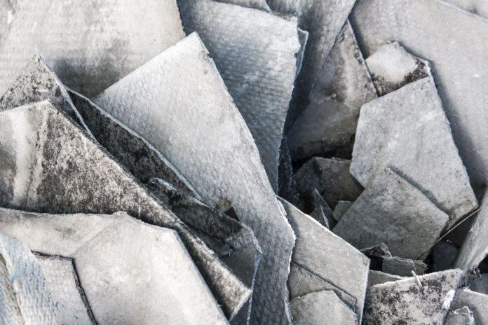 Copertura in fibro-cemento amianto, eternit