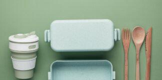 Lunch box in plastica e bambù