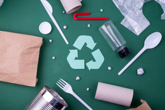 Imballaggi in carta e plastica